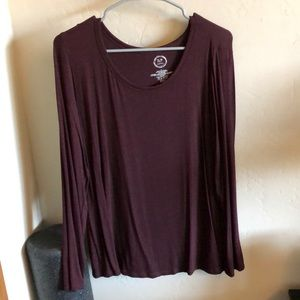Women's basic maroon top